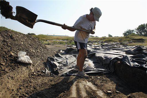 EXCHANGE: Remains of bustling city found near new bridge