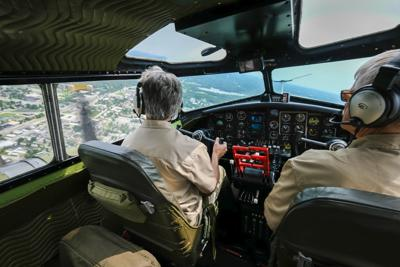 Aluminum Overcast B-17 cockpit