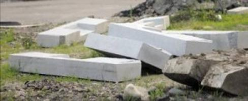RI men charged with trying to steal granite curbing from