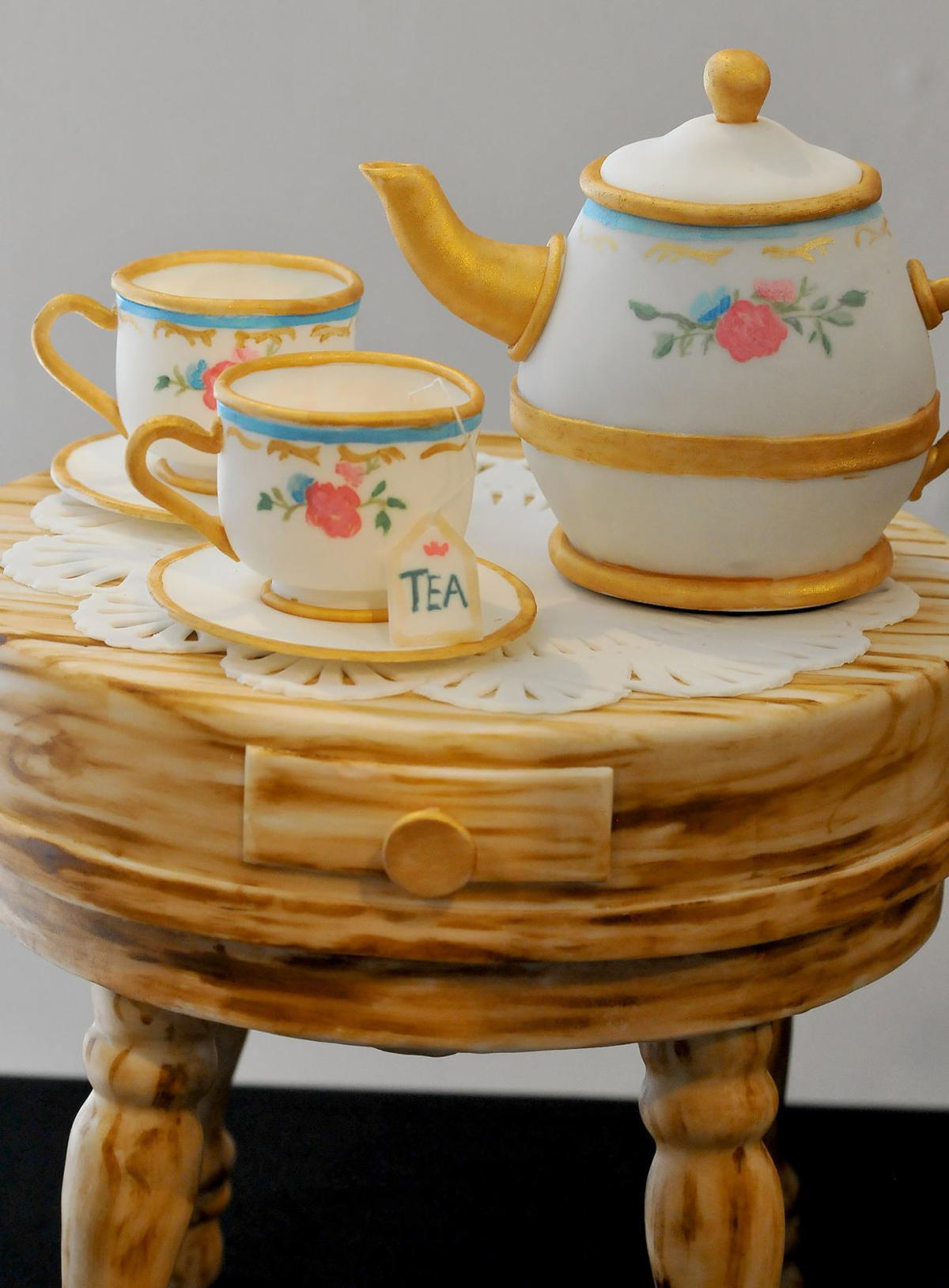 Tables Are The Heartbeat Of Attleboro Museum S Exhibit