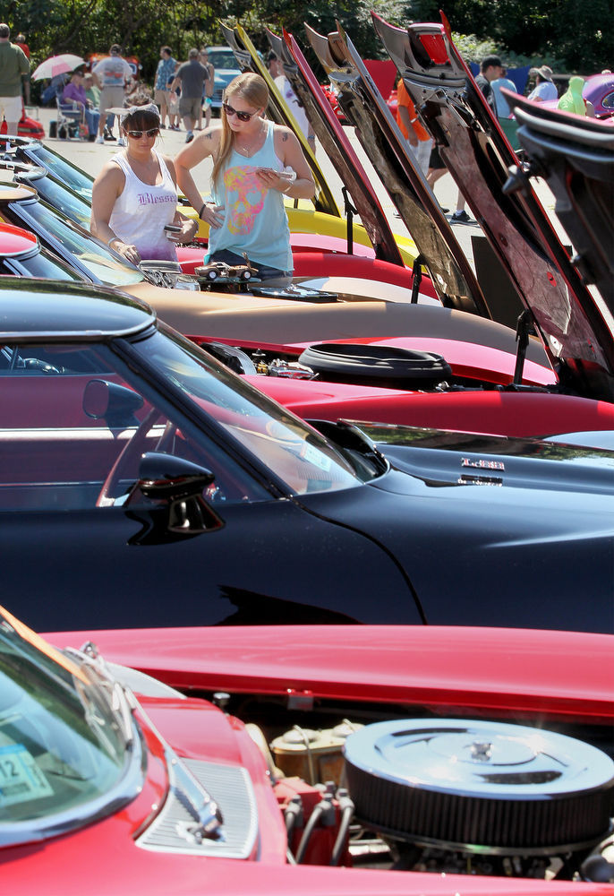 great woods swap meet in mansfield a sure sign of spring for car rh thesunchronicle com