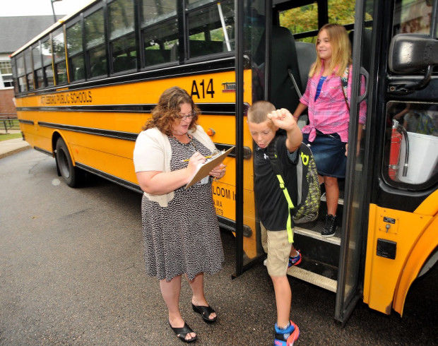 First day of school smooth in Attleboro, except for traffic jams