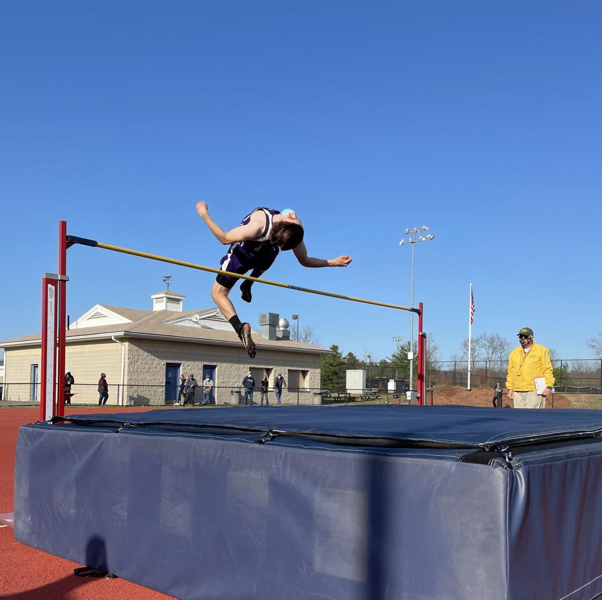 2021-04-17-tsc-spt-Paul Wisnaskas-high-jump