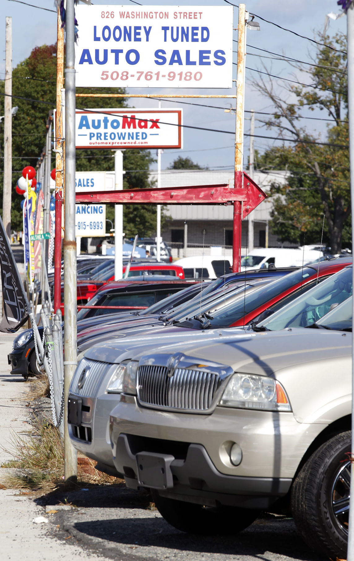 Rhodes Auto Sales >> Attleboro Used Car Dealer License In Jeopardy Local News