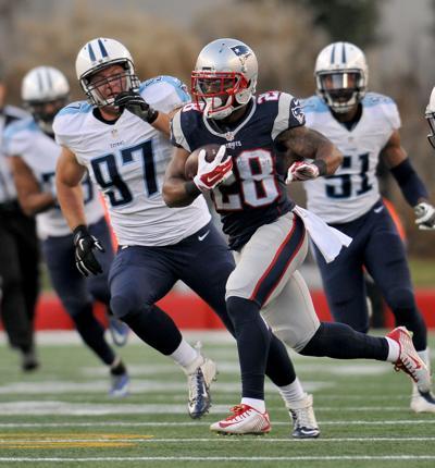 f6d3a420 Titans-Patriots hots and nots and game notes.   Markfarinella ...