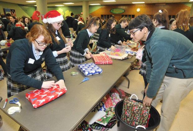 BFHS Santa Shop GN