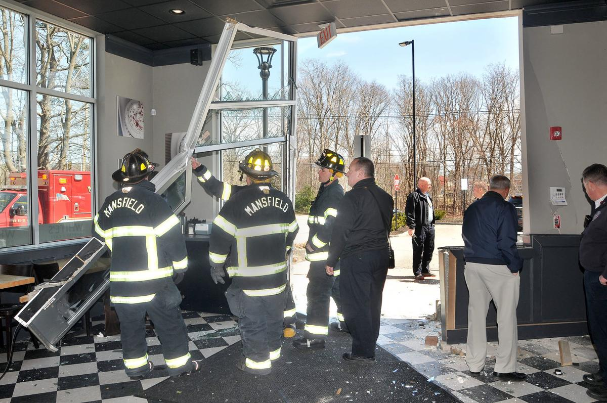 Car crashes into Mansfield bakery, no one injured | Local