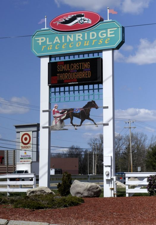 Plainville vote down to the wire | Local News | thesunchronicle.com