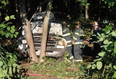 Driver dies when van goes off I-95 in NA Attleboro | North