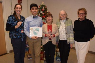 Sturdy Senior Awards 12 16