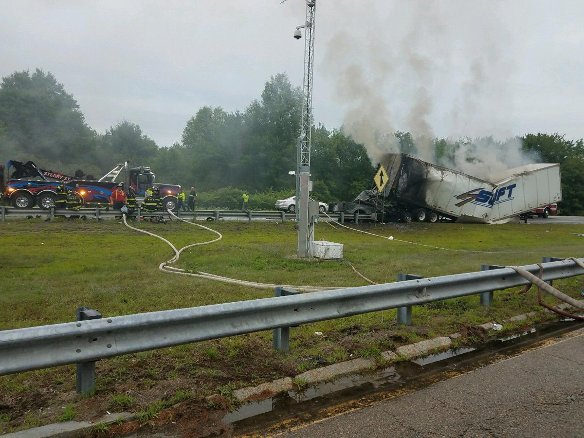 One person killed in fiery truck accident on I-95 in Mansfield