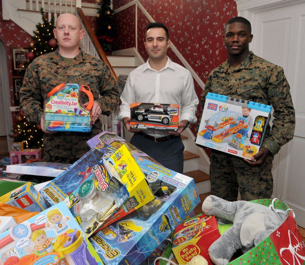 Toys For Tots Pickup : Marines get their toys mansfield thesunchronicle