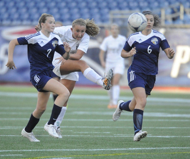 Denver Shooting Devon: Foxboro, Mansfield Girls Tie In Gillette Stadium