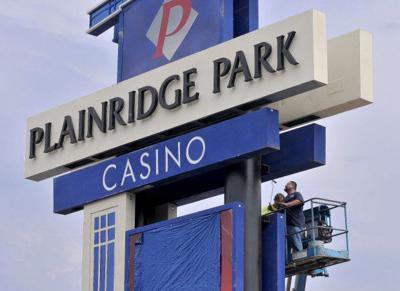 Casino Sign Touch Up