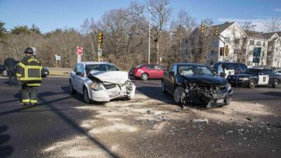 Trio hurt in head-on Christmas Day crash in Mansfield | Local News