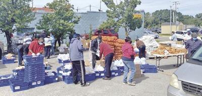 Law Enforcement volunteers feed multitudes in Waverly