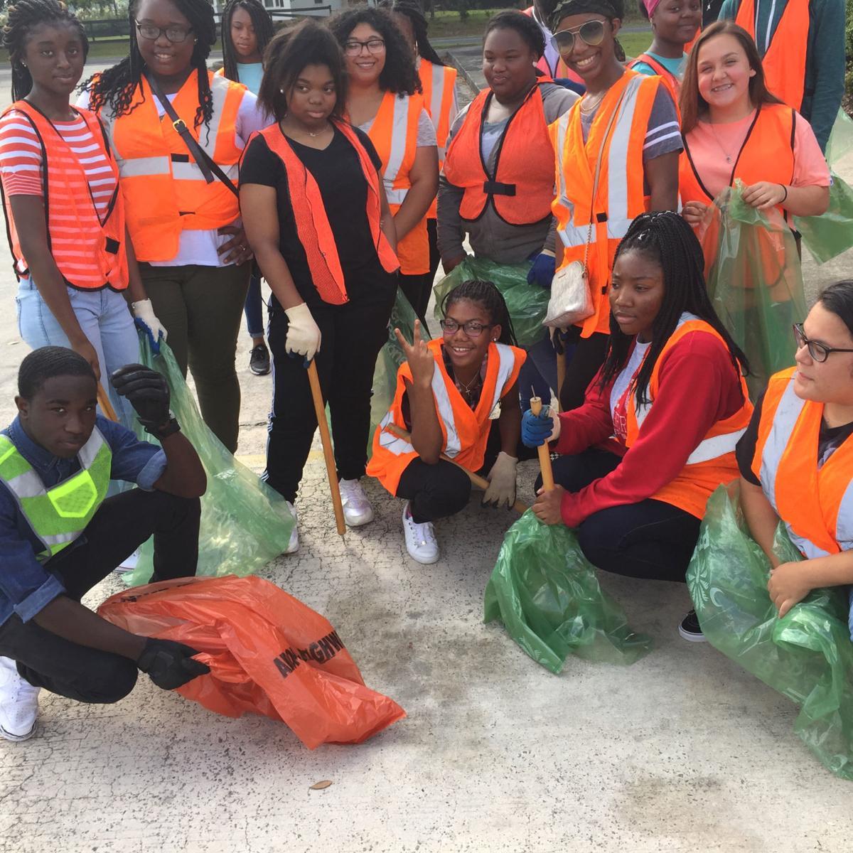 Edisto High School cleanup2