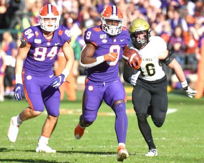 Clemson Football Tigers Dominate Wofford Clemson Tigers