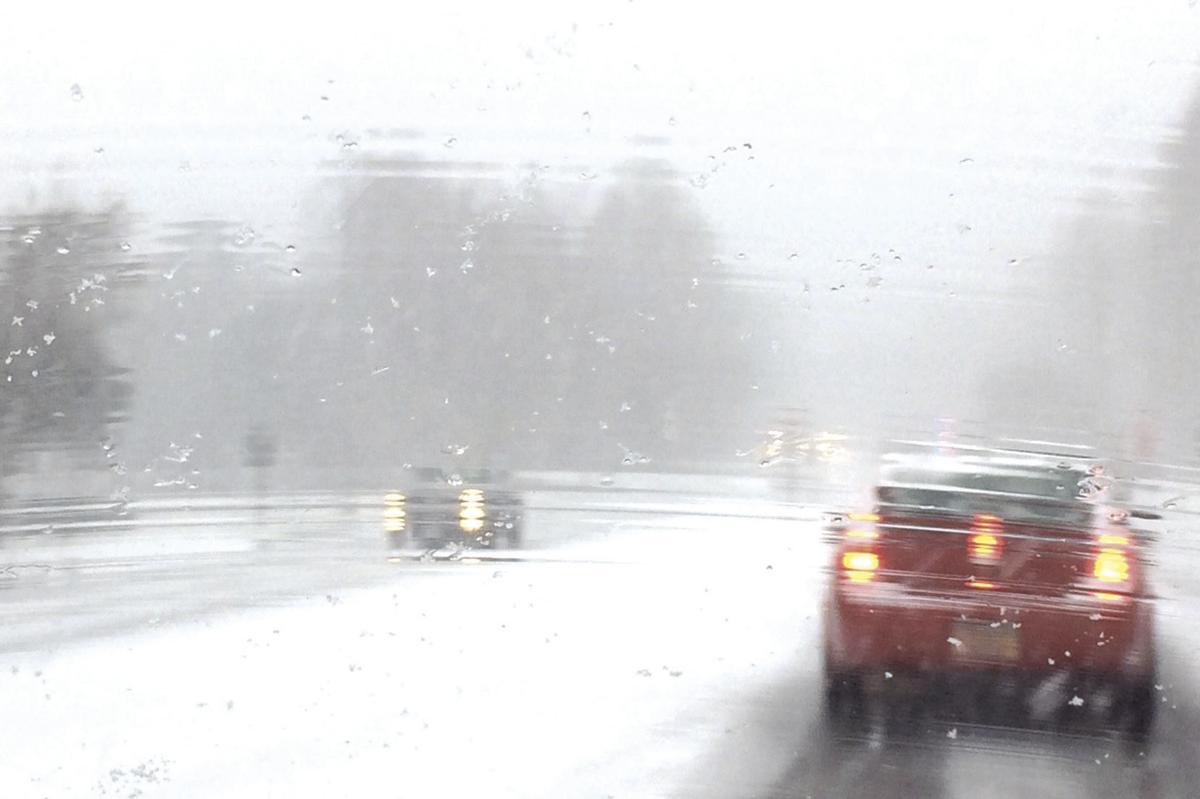 Winter driving, illustration
