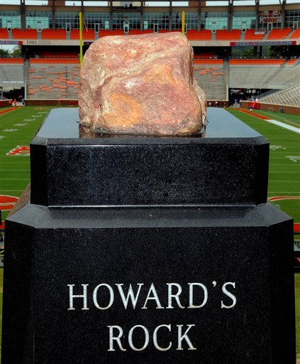 Howard S Rock Vandalized College Thetandd Com Become a part of the fastest growing fan experiences on the internet. https thetandd com sports college howards rock vandalized article b691f0f0 d3c8 11e2 a893 001a4bcf887a html