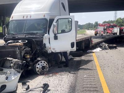 Three killed in I-26 crash in Orangeburg County | Crime and