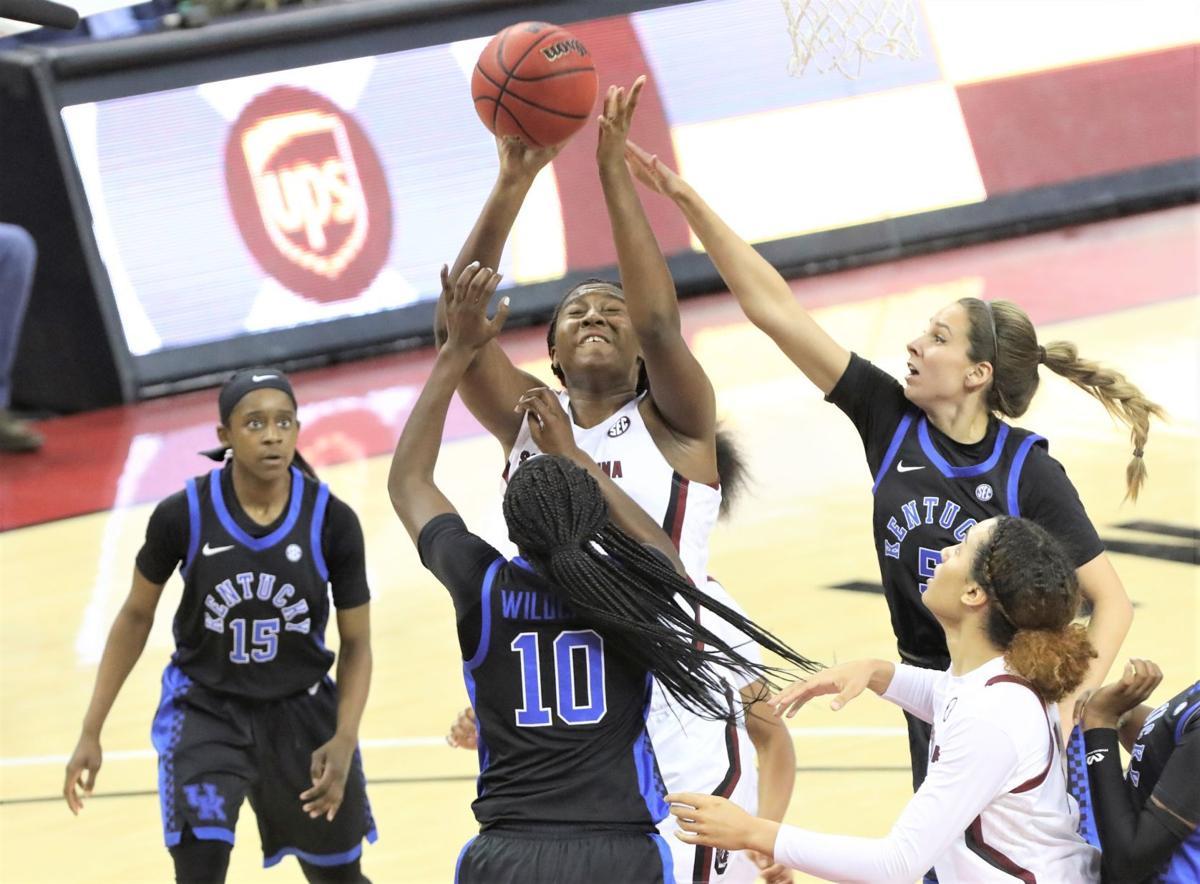 Carolina Basketball Freshmen Lead No 4 South Carolina Past