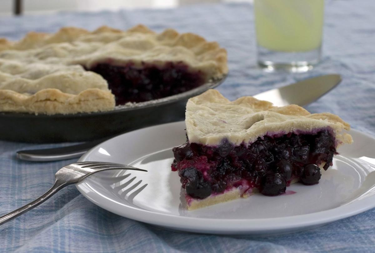 Food Blueberry Season Pie