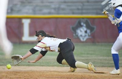 T&D REGION SPORTS: Bethune-Bowman, Dorchester Academy softball teams