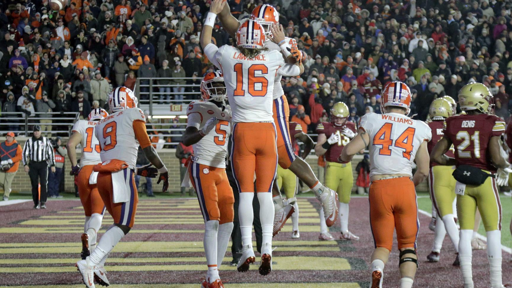 CLEMSON FOOTBALL: Lawrence weathers the cold