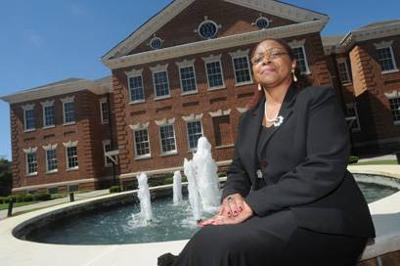 Administrative assistant to Claflin president recognized as 'trustworthy'