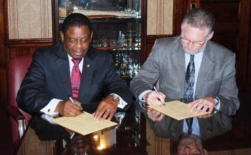 SRR, Claflin sign agreement
