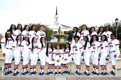 2019 Claflin softball team