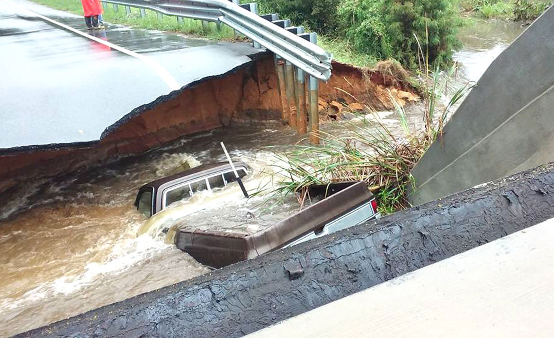 Bridge collapse rescue