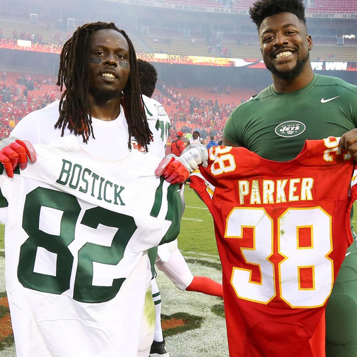 check out 52d08 8e756 Ex-Newberry Wolves meet in the NFL | Sports | thetandd.com