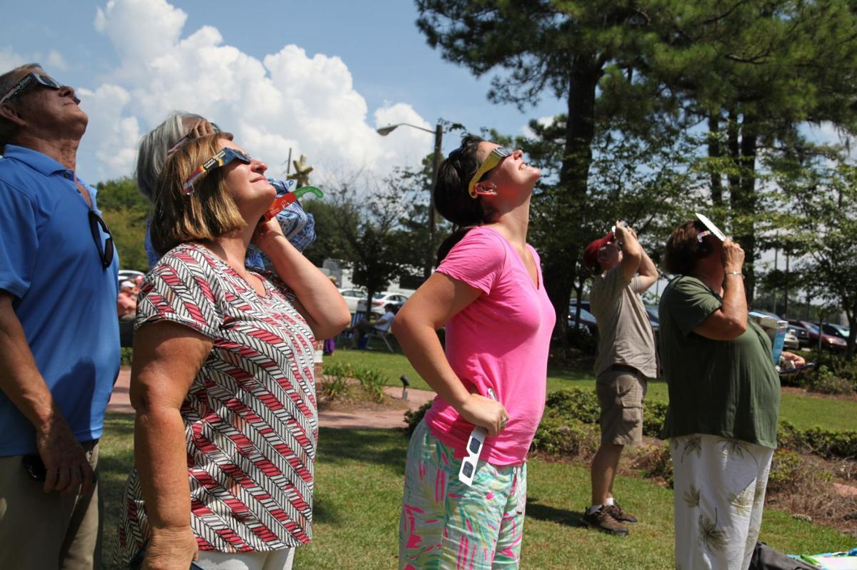 Eclipse viewing Edisto Gardens