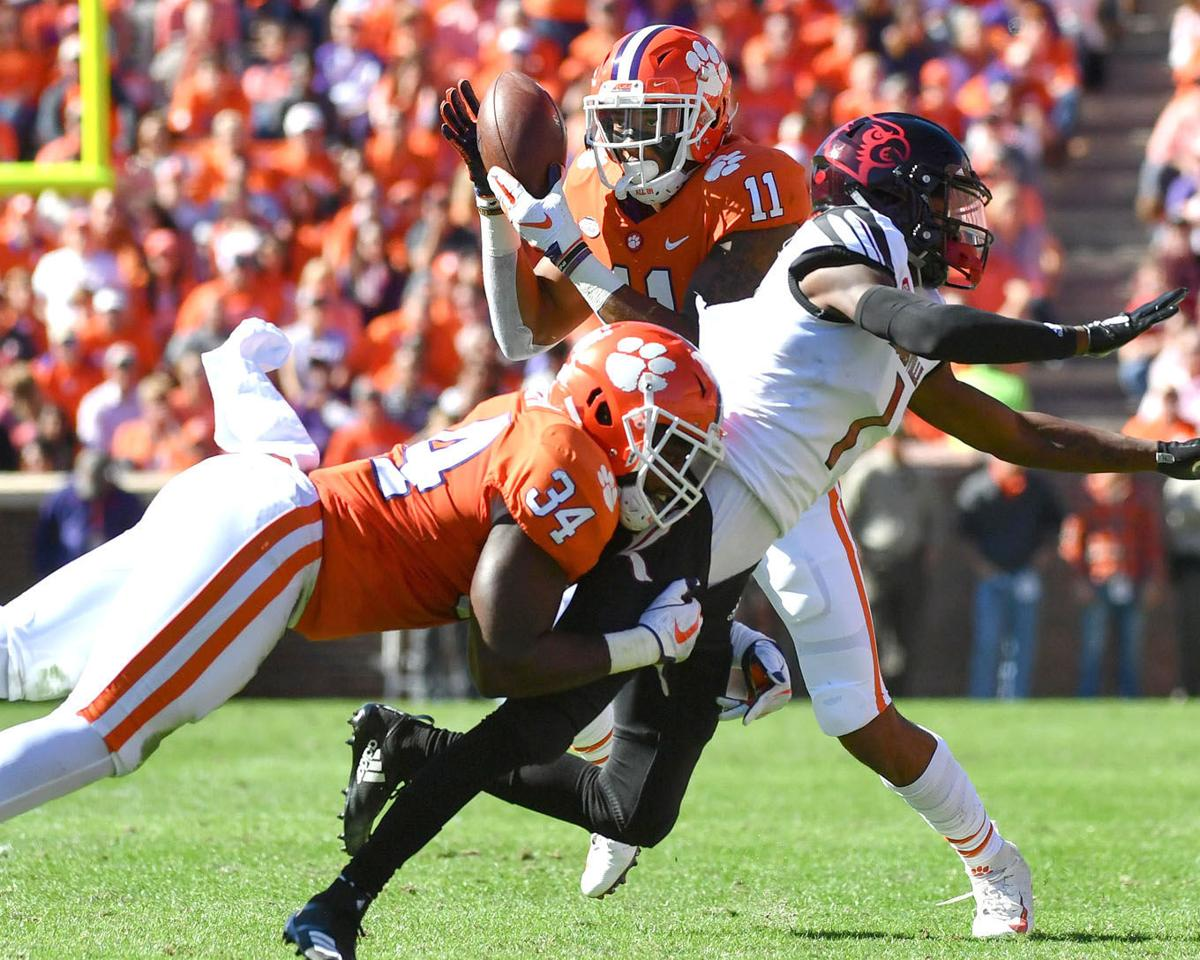 Clemson Football Tigers Dominate Louisville 77 16