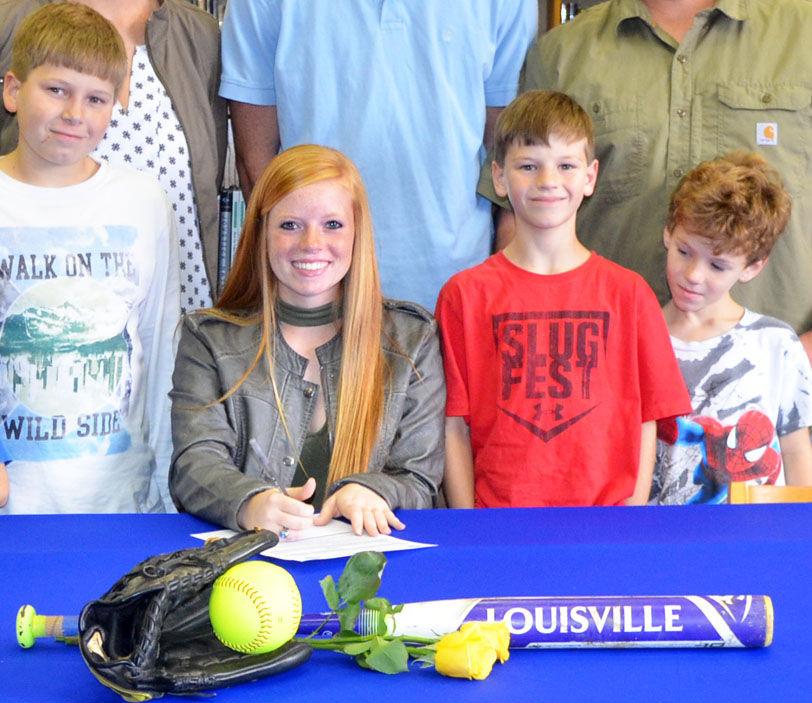 Edisto's Cassie Hayden signs with FDTC