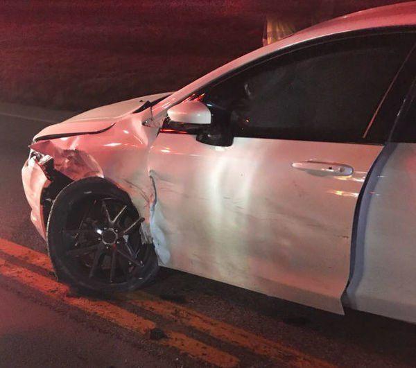 3 injured in 3 vehicle crash Monday night