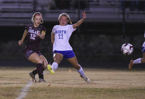 Lady Jaguars' season ends after 9-1 loss in state tourney