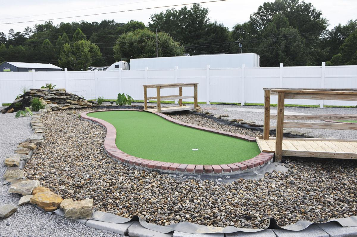 mini golf course opening in laurel county soon news