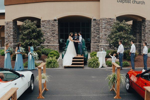 W'burg couple gets creative with drive-in wedding ceremony
