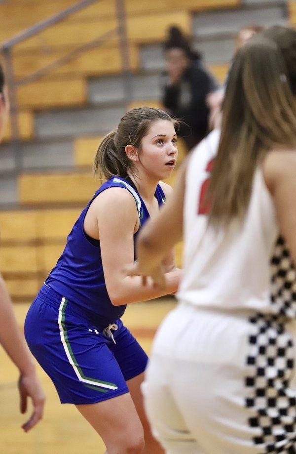 <b>12-game win streak keepsLady Jags atop Fear 'Les' Girls Rankings</b>