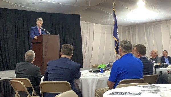 Rand Paul speakson healthcare,violence during chamber luncheon