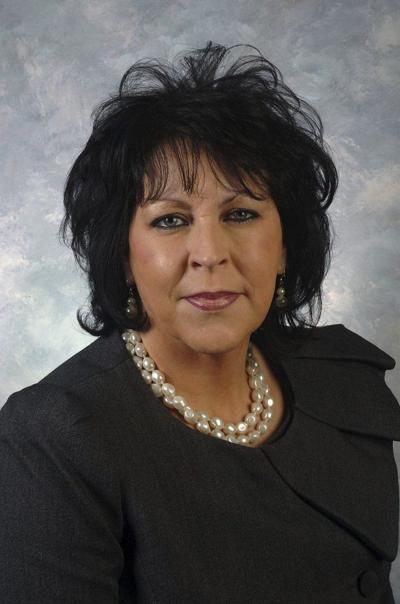 Rep. Regina Huff files legislation aimed at decreasing distracted driving, saving lives