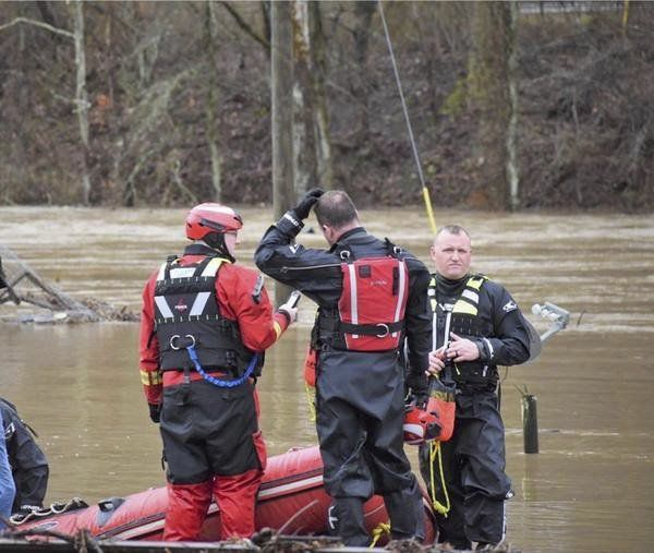 Corbin Fire Dept. squad helps rescue citizens during flooding