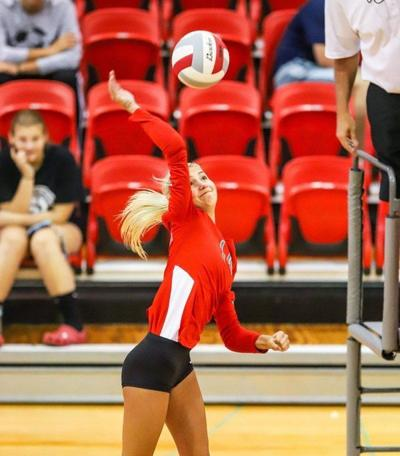Lady Redhounds sweep W'burg, 3-0, in district match