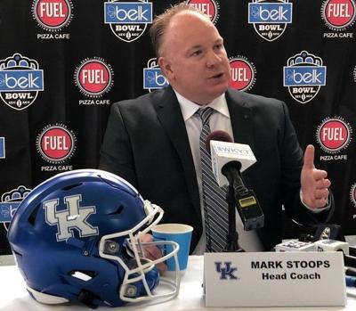 Tests reveal six Kentucky football players had coronavirus in past