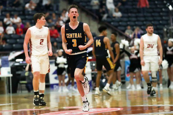 The COVID-19 effect: How Knox Central boys basketball coach Tony Patterson, and his Panthers, are adapting to the pandemic