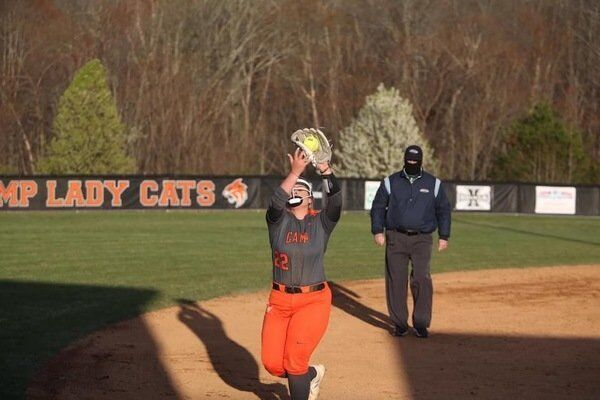 Roberts, Mills lead Lady Wildcats to 8-2 win over Jackson County
