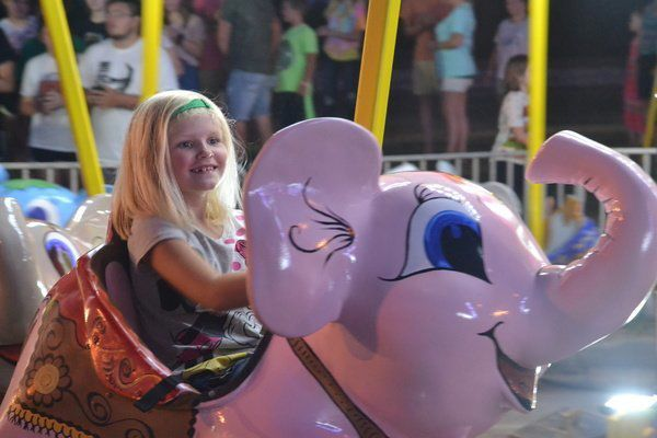 Rick Springfield, carnival rides excite NIBROC crowd